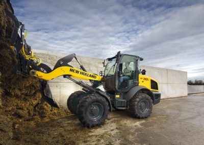 compact-wheel-loaders-gallery-02